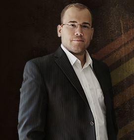avida also neues CMS. Florian Petri ist der Inhaber von avida