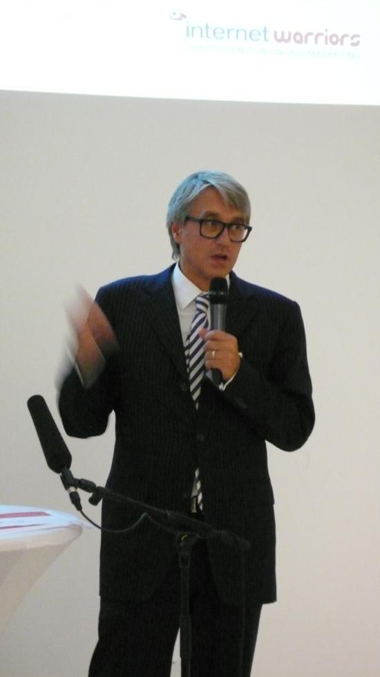 Axel Zawierucha bei seinem SEO-Im-Marketingmix-Impuls-Vortrag